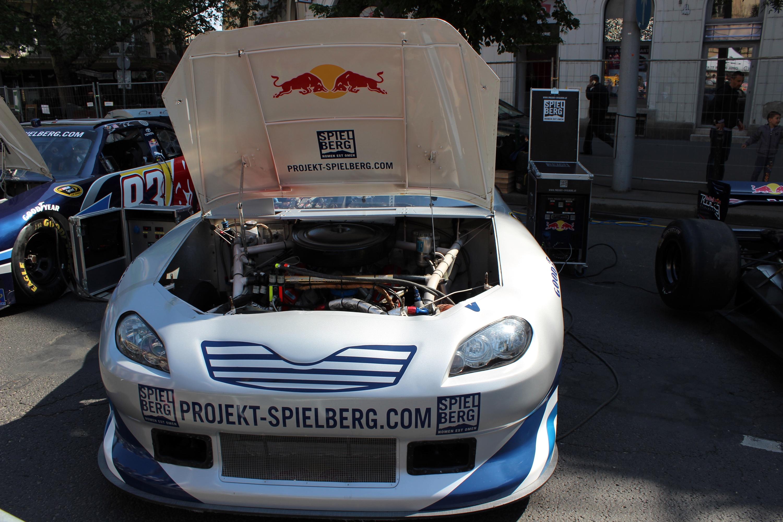 A 'Mi van a motorháztető alatt?' kérdésre itt a válasz!<br />Fotó: Kováts Olivér