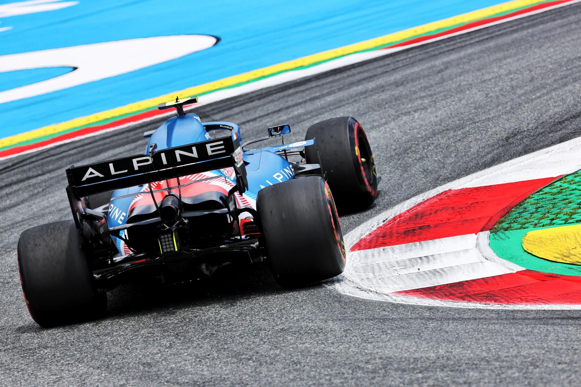 F1: Kínai versenyzőt ültetnek Alonso helyére