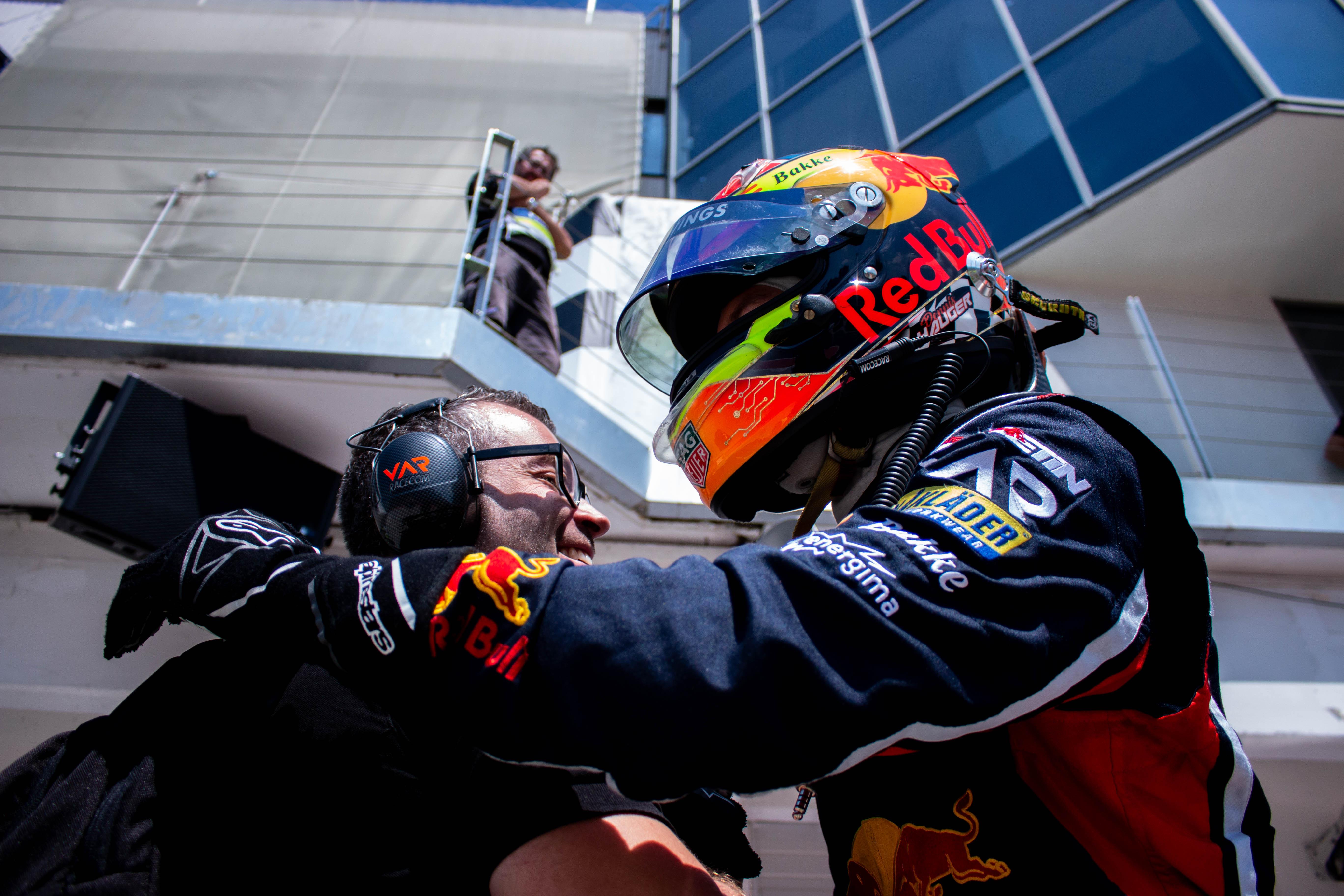 F4: A Red Bull-junior szólt bele a Prema diadalmenetébe