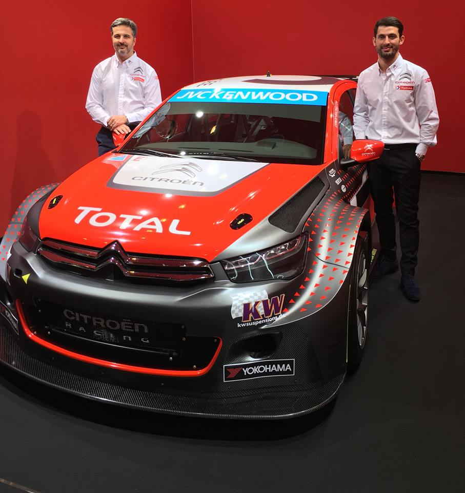 'Pechito' Lopez és Yvan Muller autója végre kapott valami pofás küllemet.