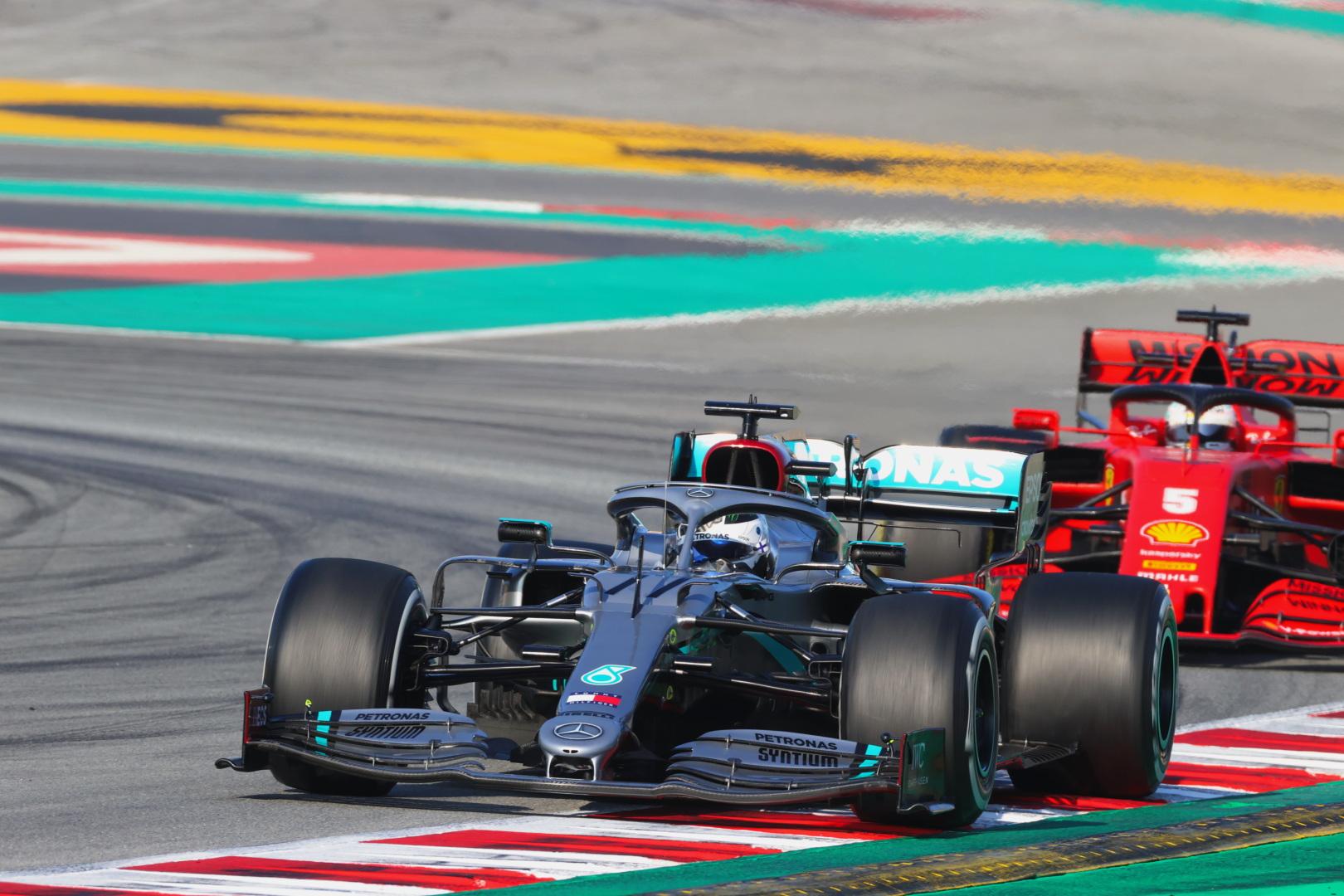 F1: Szárnyalt a Mercedes, bajba került a Ferrari