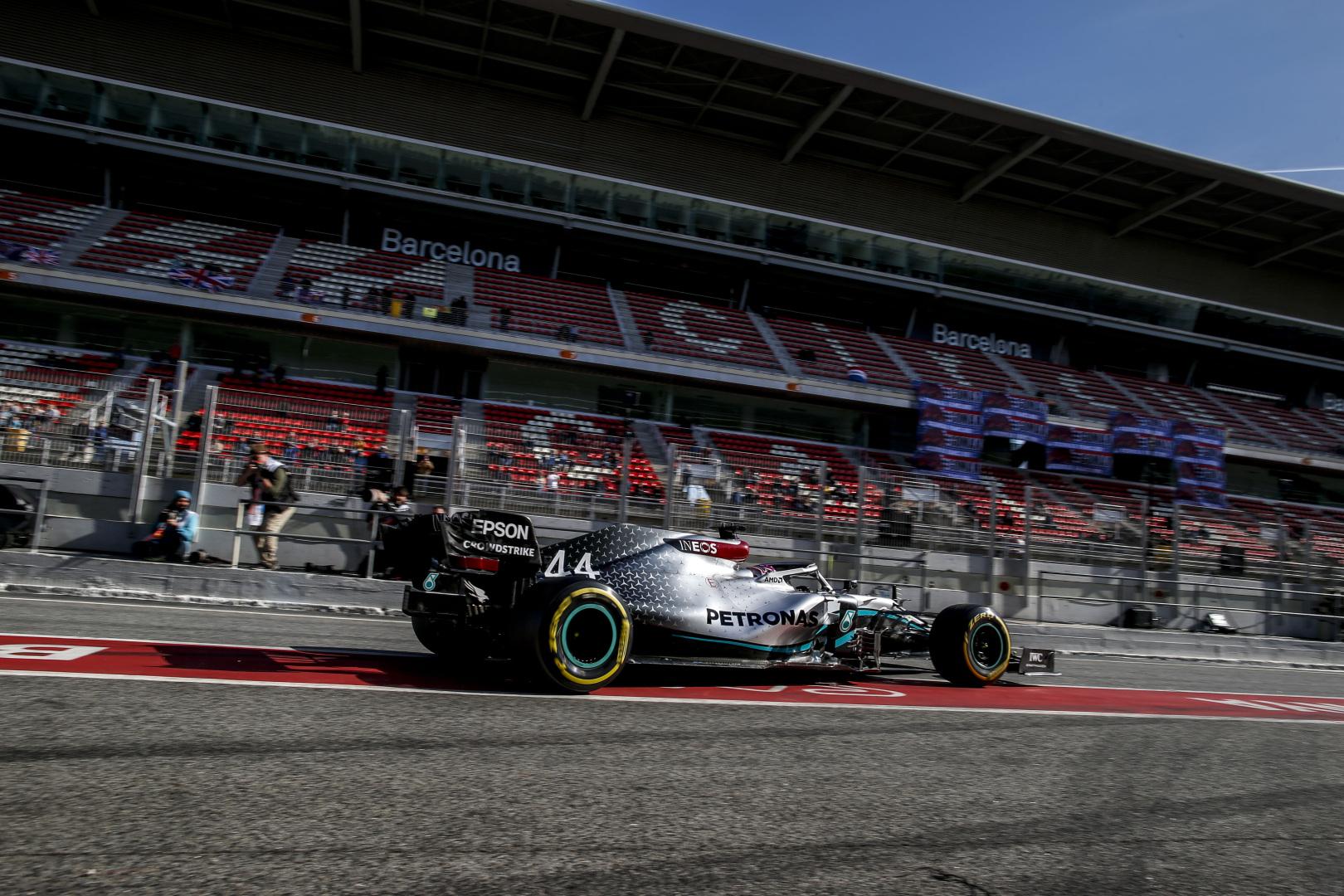 F1: A Mercedes már nem támadja a Ferrarit