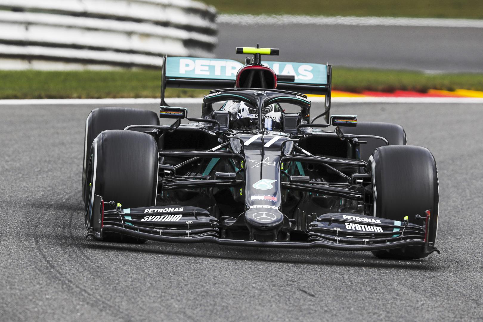 F1: Bottas kezdett az élen Spában, a Red Bull és a Racing Point is a Mercedes nyomában