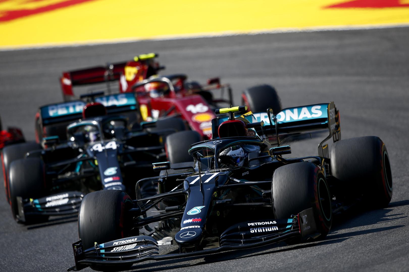 F1: Négyen esélyesek a Mercedes ülésére 2022-ben
