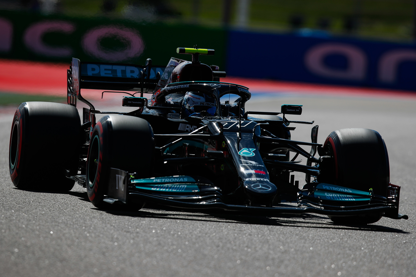 F1: Bottasé a második edzés
