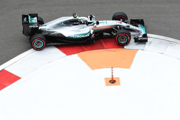 F1 - NÉGYBŐL NÉGY ROSBERGNEK