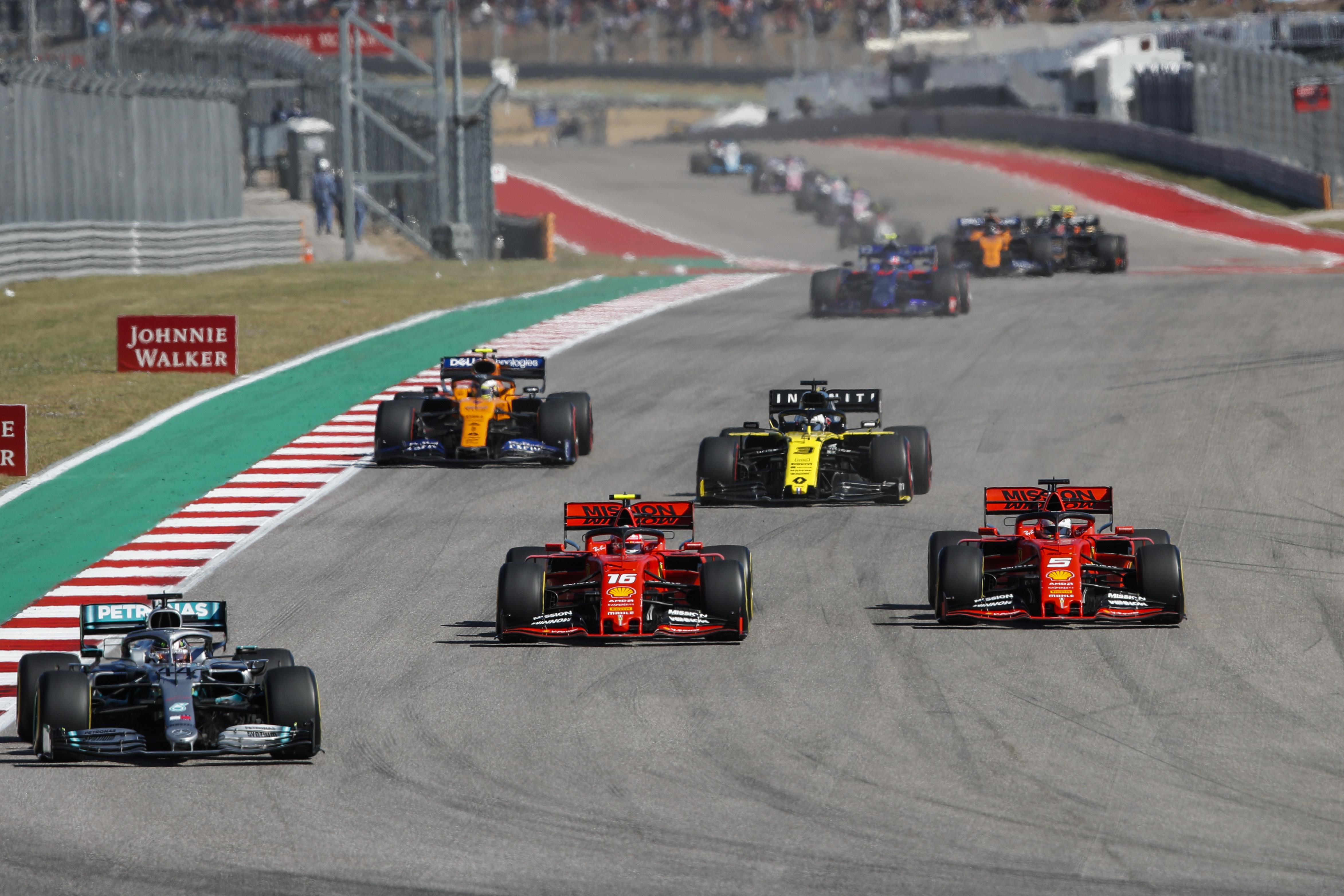 F1: Döntött az FIA, idén már nem fejleszthetnek 2022-re a csapatok