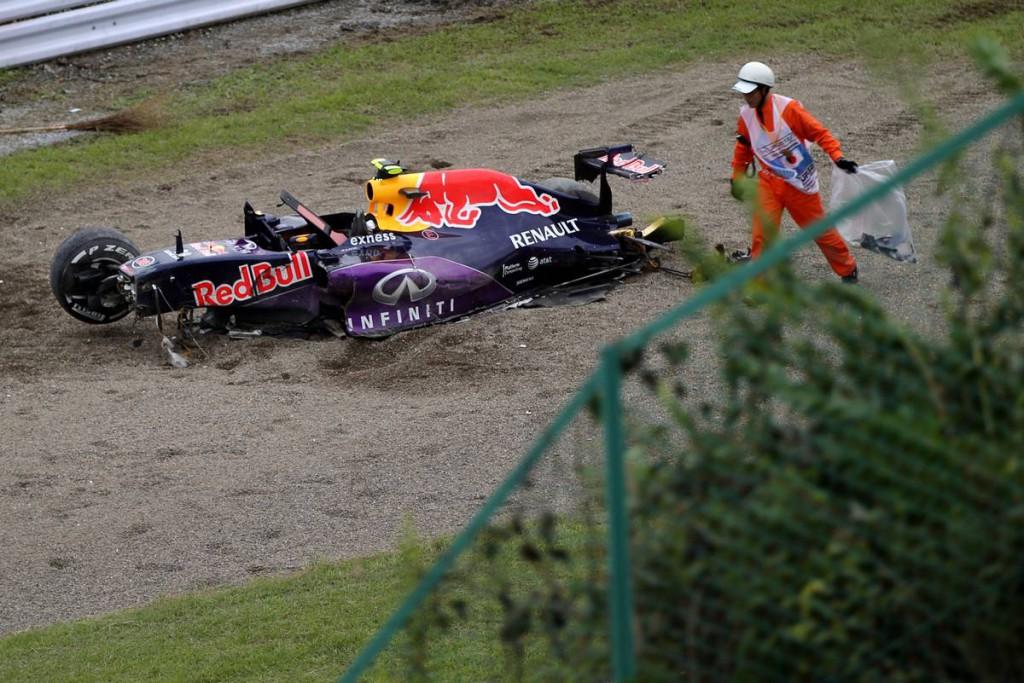 F1 - A BOKSZBÓL RAJTOL KVYAT VASÁRNAP, 20 G ÉRTE AZ OROSZT A BALESETKOR