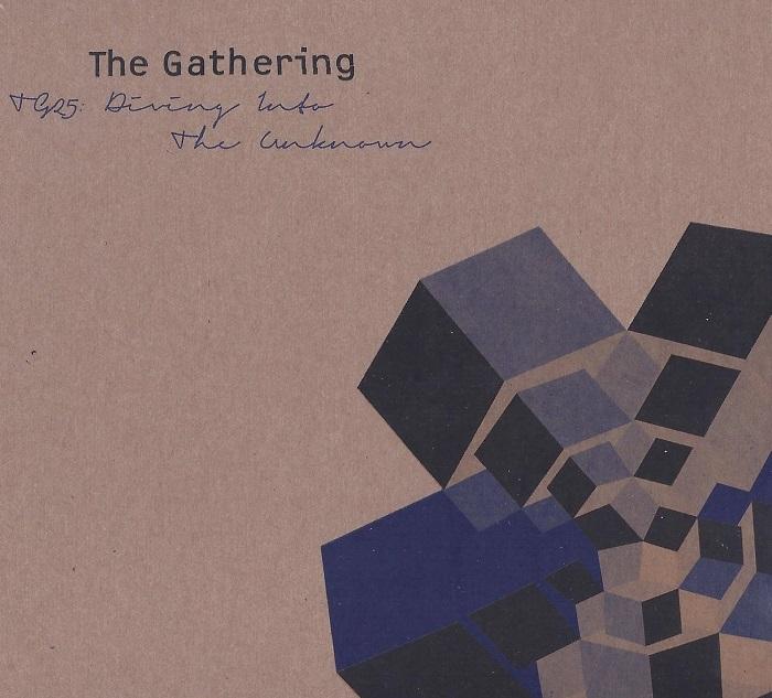 gathering_diving_700.jpg
