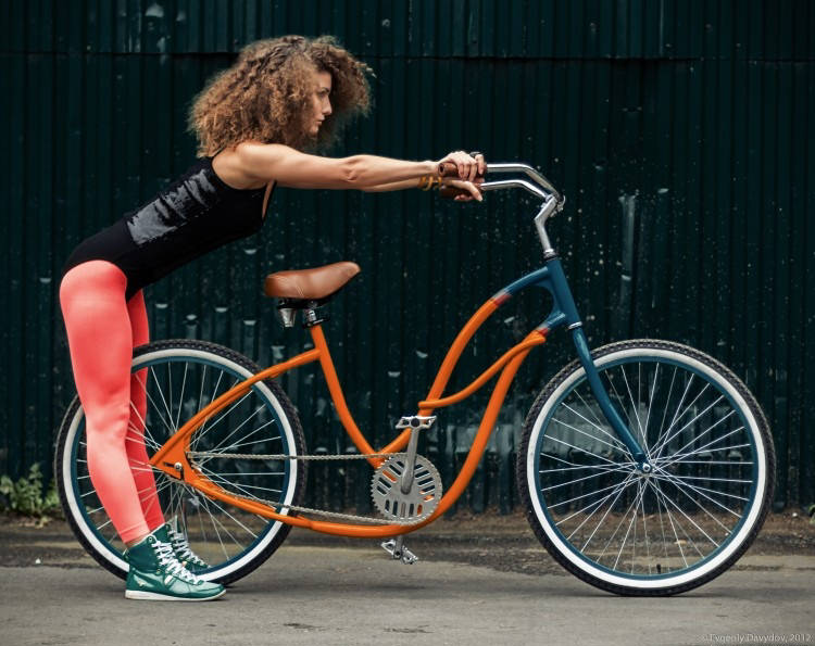 Girls-Cruiser-Bicycle-2013-Price-in-Pakistan-Wallpapers-2.jpg