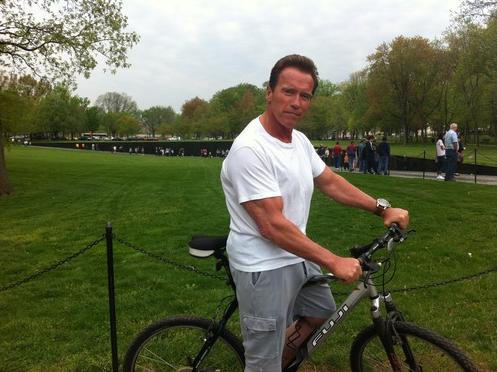 SchwarzeneggerBicycleDC.jpg