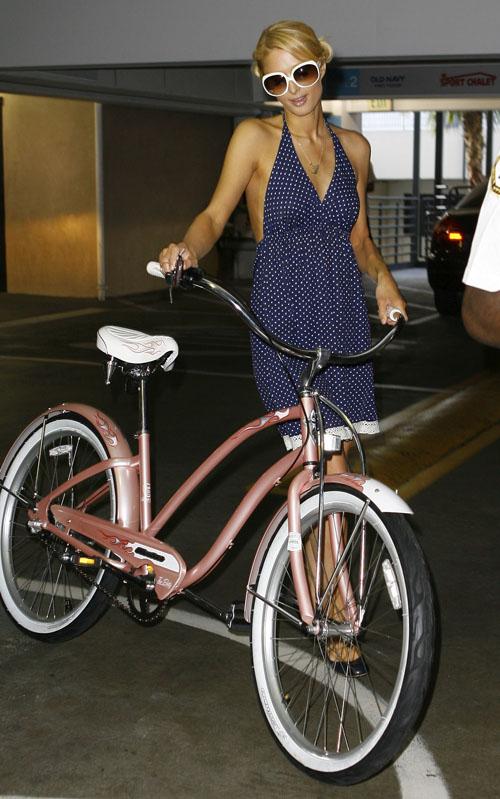 paris-hilton-bike.jpg