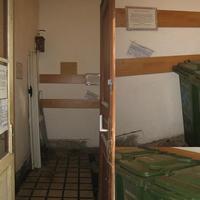 Életminőségjavító projekt: 2009 április - szeméttároló