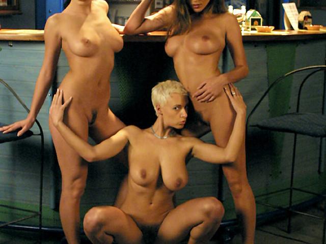 Kyla Cole és barátnői