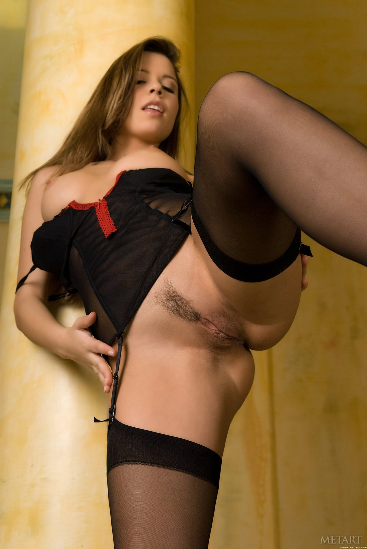 brunette-peaches-from-met-art-wearing-stockings-8.jpg