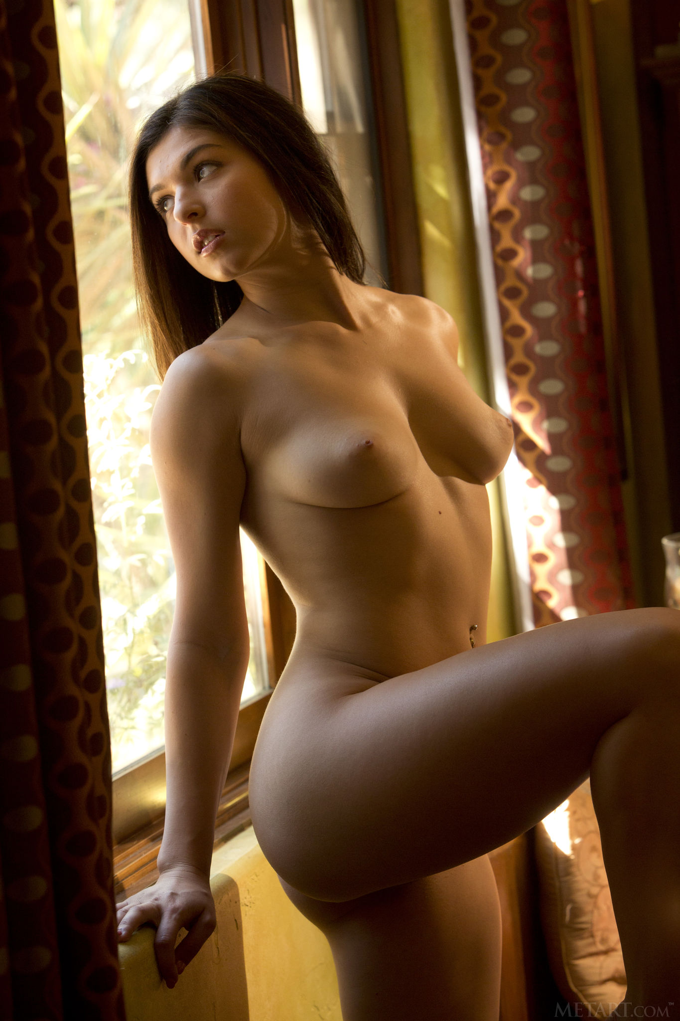 busty-shaved-brunette-leah-gotti-with-plump-pussy-from-met-art-11.jpg