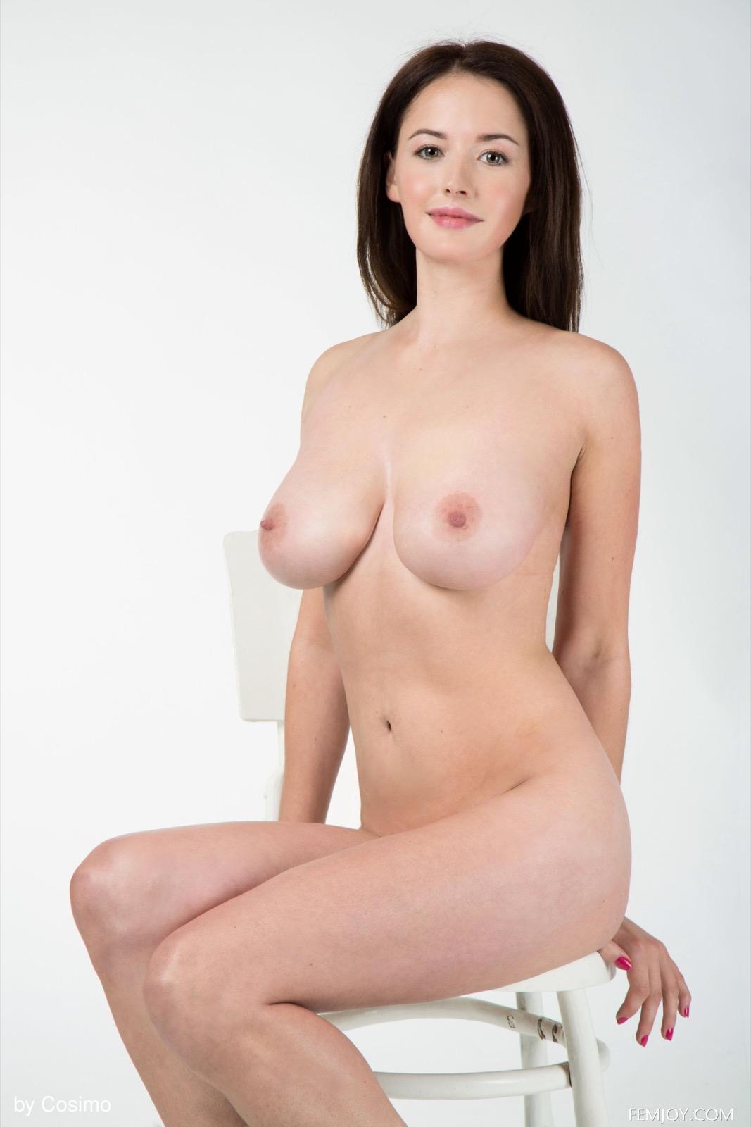 mika_g_25_30885_8.jpg