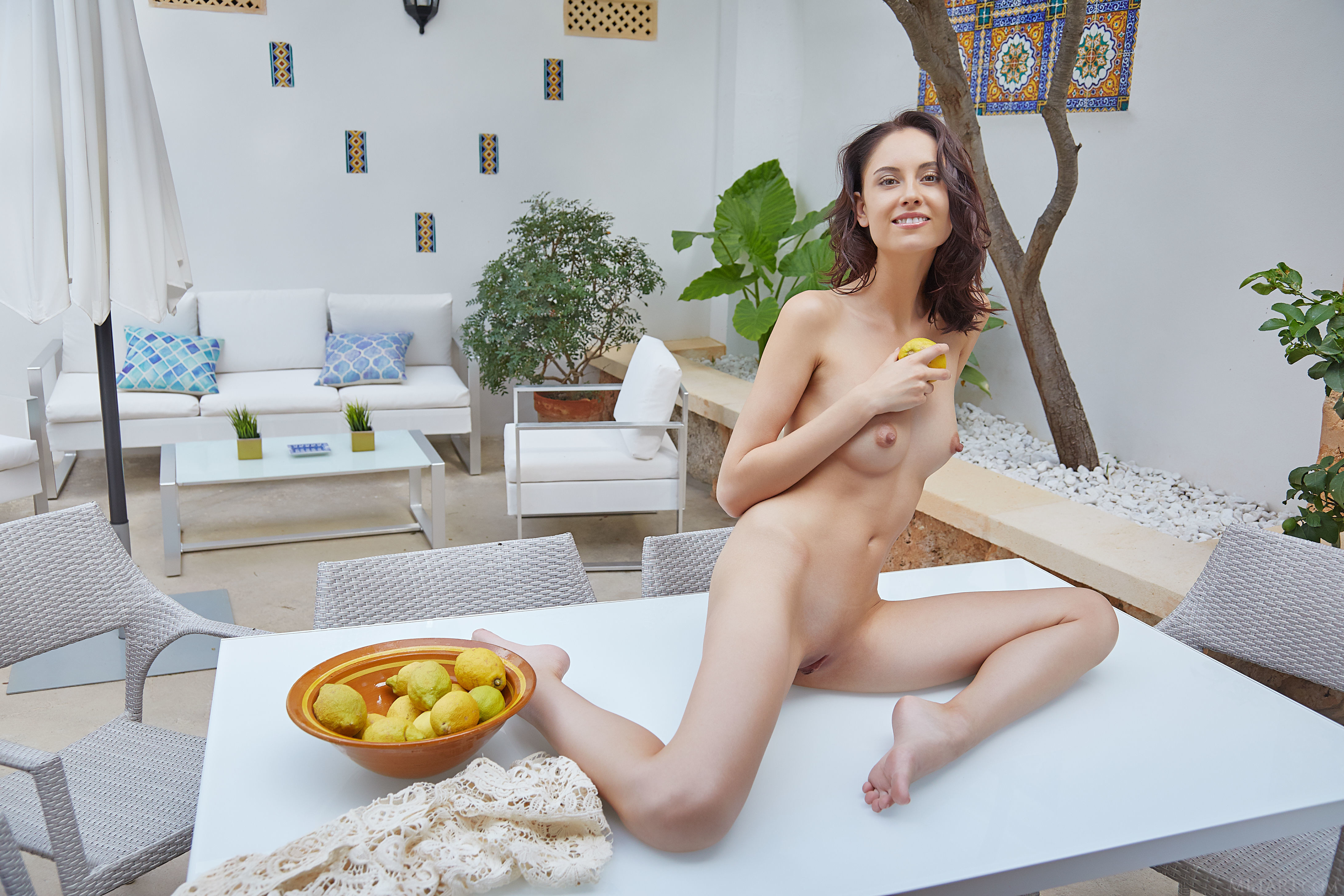 sade-mare-with-open-pussy-22.jpg