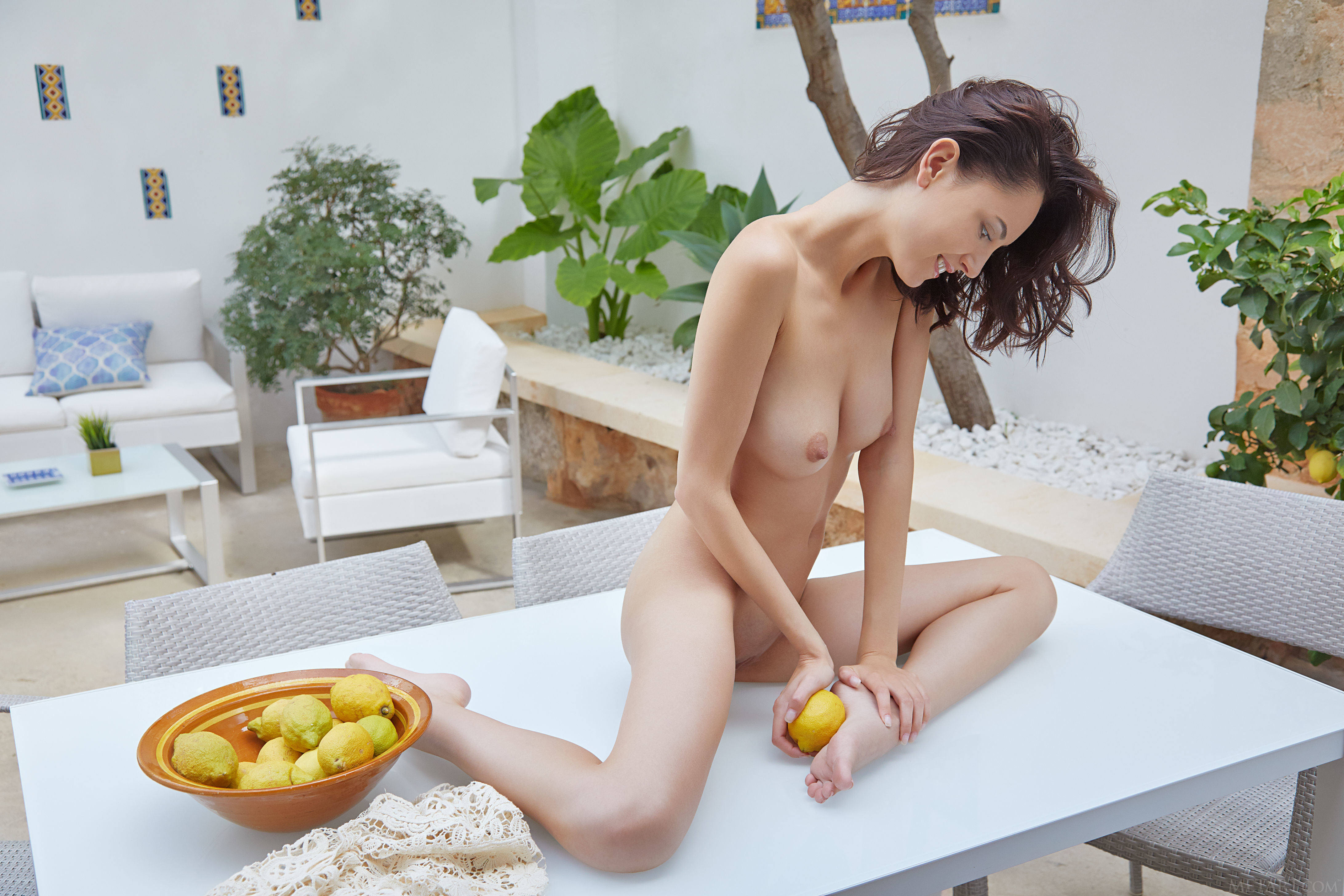 sade-mare-with-open-pussy-3.jpg