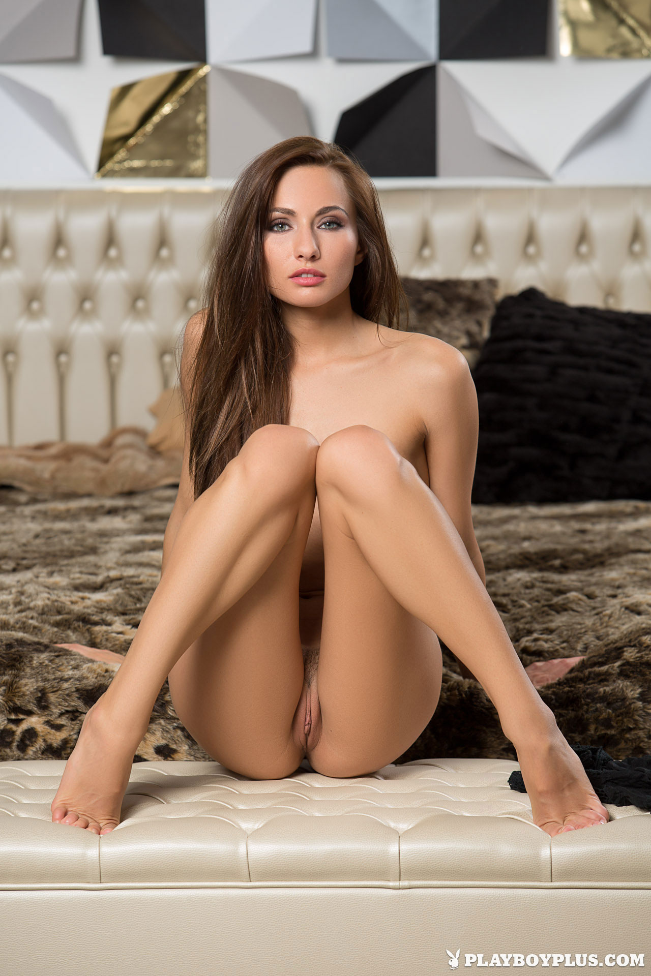 shaved-brunette-babe-michaela-isizzu-from-playboy-18.jpg