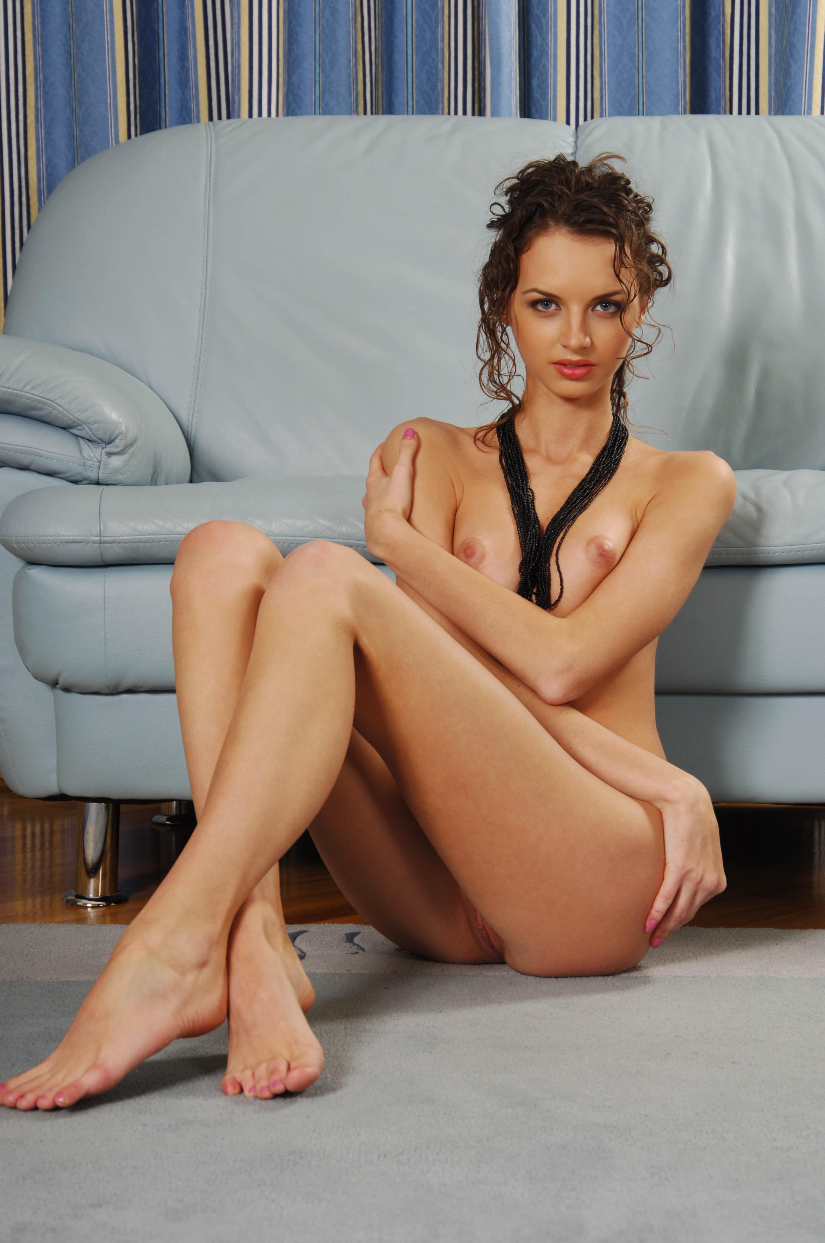 busty-brunette-natasha-d-from-met-art-37.jpg