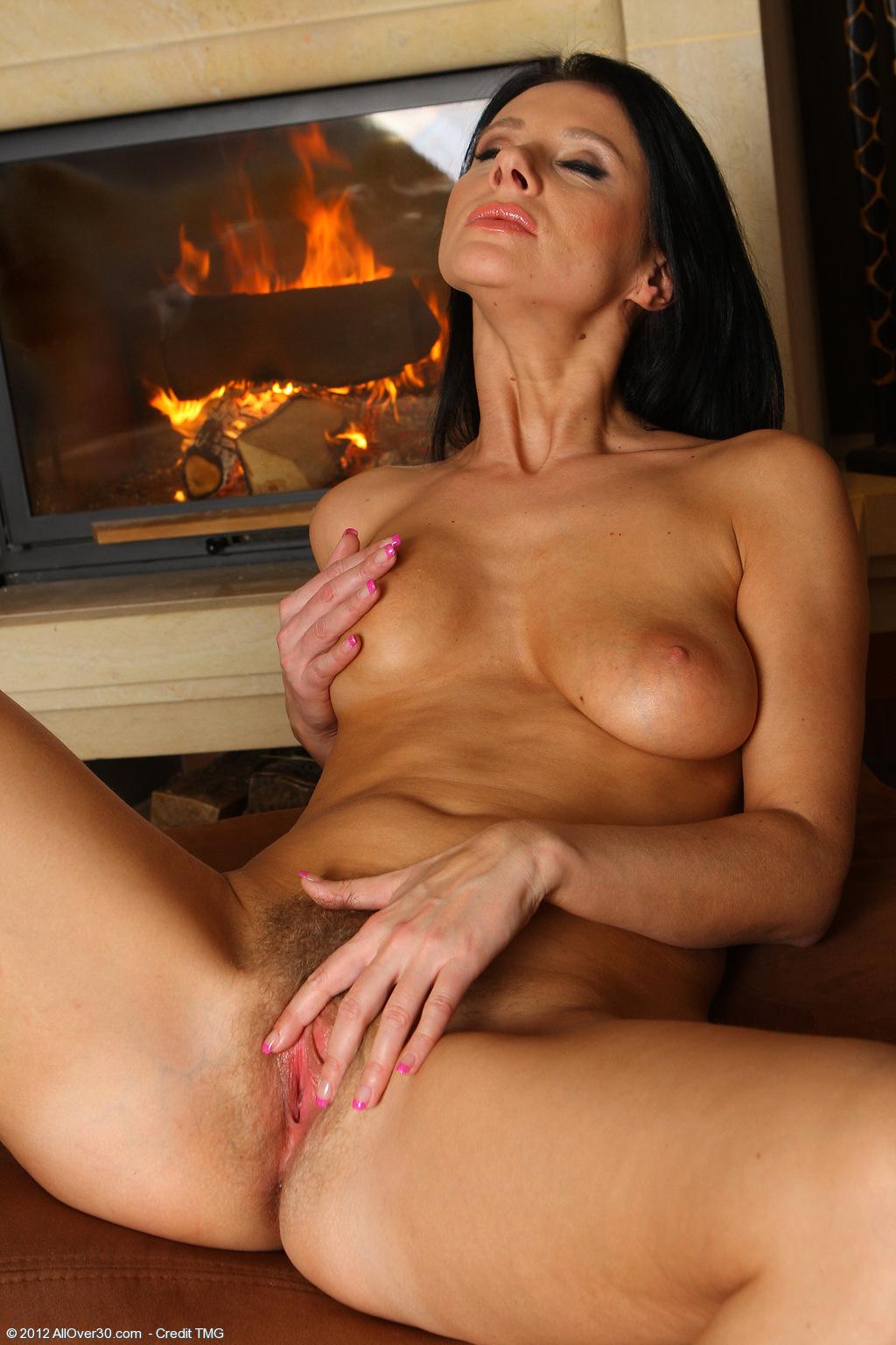 raven-haired-brunette-babe-jana-krabcova-wearing-white-lingerie-12.jpg