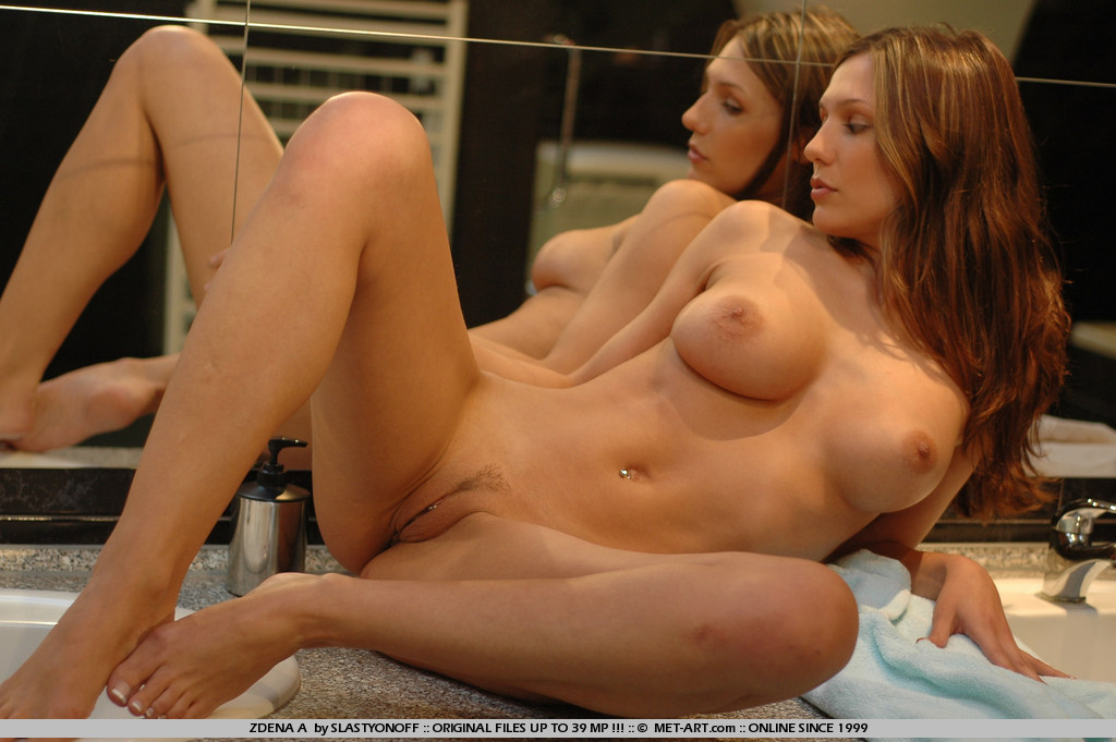 teen-naked-babe-nadine-greenlaw-with-pierced-pussy-from-met-art-in-bathroom-7.jpg