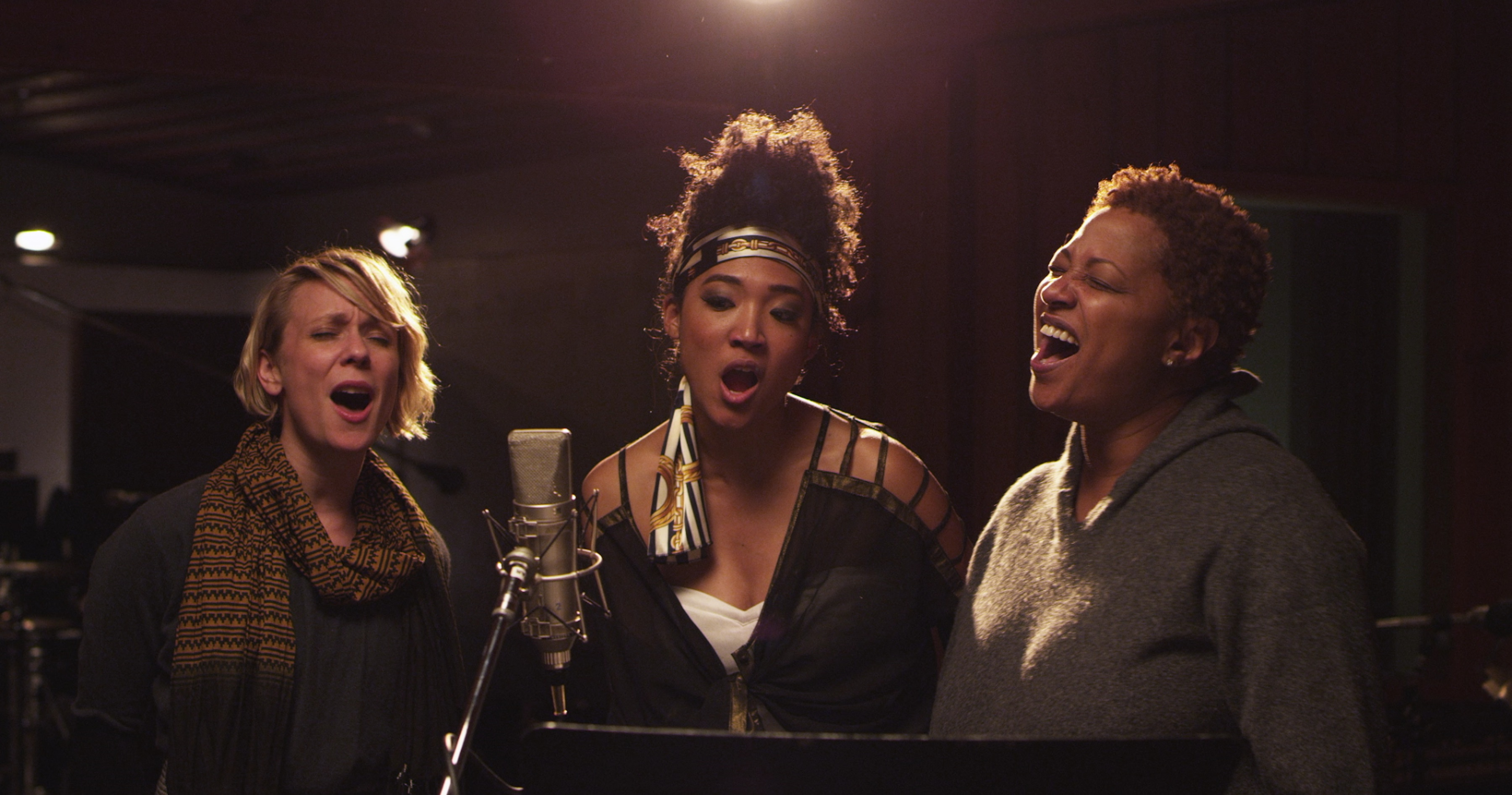 twenty_feet_from_stardom_jo_lawry_judith_hill_lisa_fischer_c_graham_willoughby_tremolo_productions.jpg