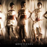 Kötetlenül - Kozó Kitti