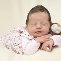 A tejfehérje allergia kezelése tápszeres és anyatejes csecsemőknél