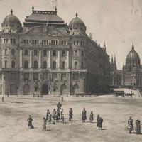 Az Adria Hajózási Rt. székháza a Szabadság téren az 1900-as évek elején