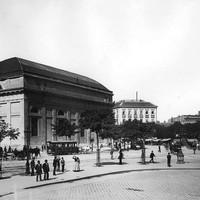 A Deák tér az 1890-es évek végén