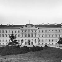 A Ludovika Akadémia főépülete a 19. század végén