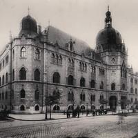 Az Iparművészeti Múzeum épülete valamikor a századelőn