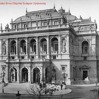 Az Operaház főhomlokzata 1889-ben