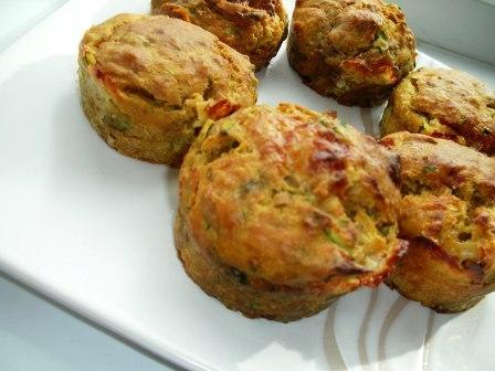 cukkinis-mozzarellas_muffin_2_120915.jpg