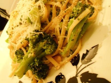 linguini_con_broccoli_alici_2_130217.jpg
