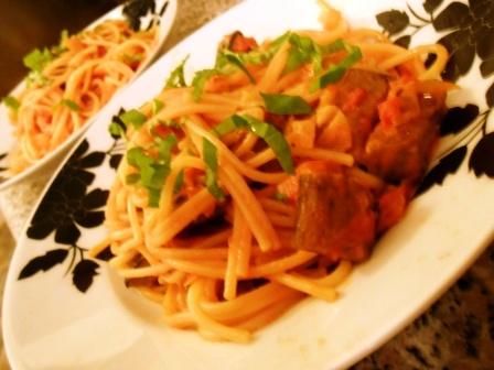 spagetti_padlizsannal_paradicsomszosszal_2_130123.jpg