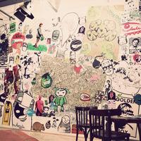 Ragad Art - Fotók az első hazai street art matrica és stencil kiállításról