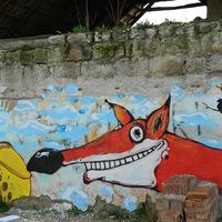 Sior új falfestménye Felnémeten - A holló meg a róka