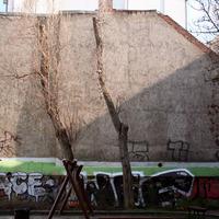 Street art alkotások a budapesti romkocsmák tűzfalain