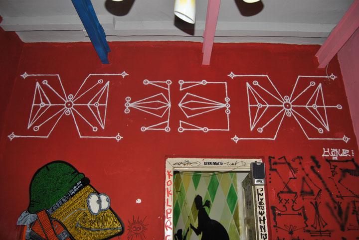 a-street-art-te-vagy-super8-18.jpg