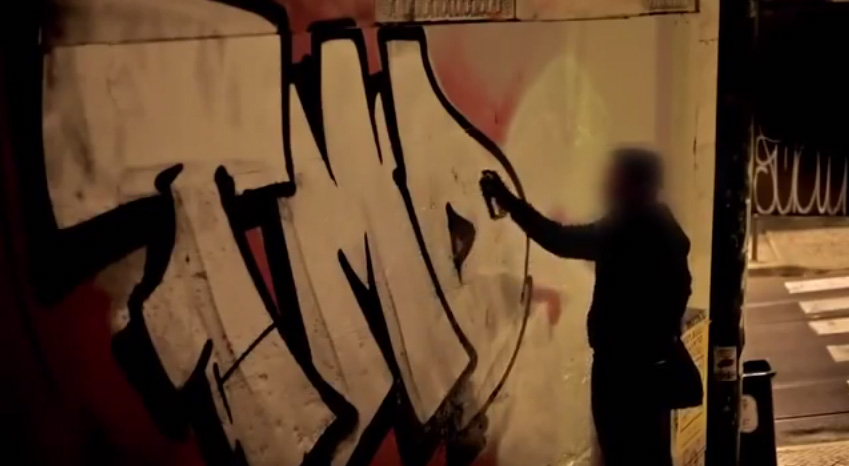graffiti-bombing-lisbon.jpg