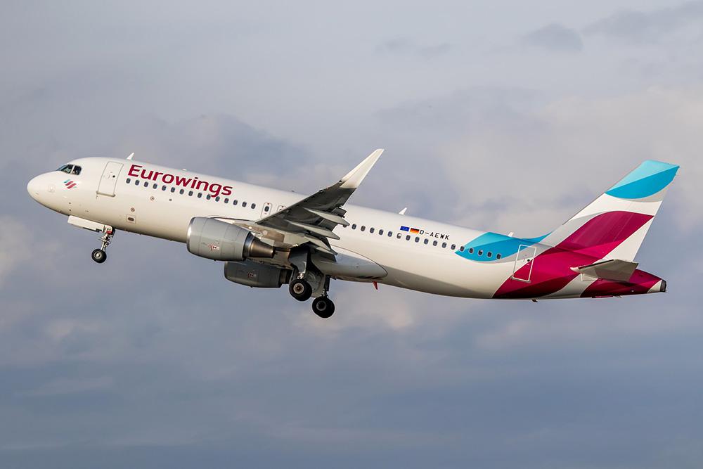 cb15f1355896 Hivatalos: Az Eurowings veszi át az Air Berlin Budapest-Berlin Tegel ...