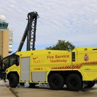 Újabb modern tűzoltóautóval és megújult tűzoltósági hírközponttal gazdagodott a Budapest Airport