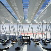 Rekord évet zártak a repülőtéri kereskedelmi területek is!