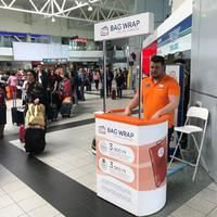 Új csomagfóliázó kibővített szolgáltatásokkal a Budapest Airporton!