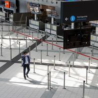 Fokozatosan újrainduló utasszolgáltatások és járatok a budapesti reptéren