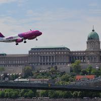 Május 1-jén áthúz a Duna felett a Wizz Air gépe!
