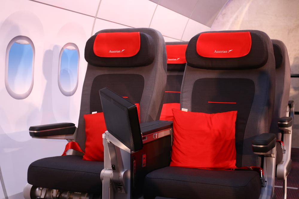 austrian_airlines_aua_praesentation_premium_eco_sitz_2.jpg